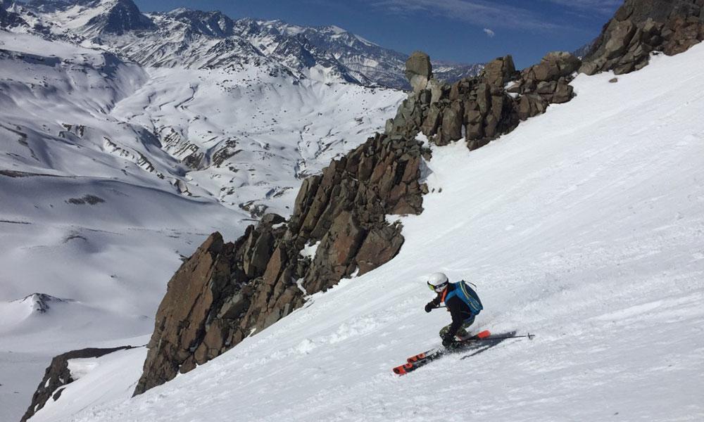 Heli Ski & Santiago Ski Resort
